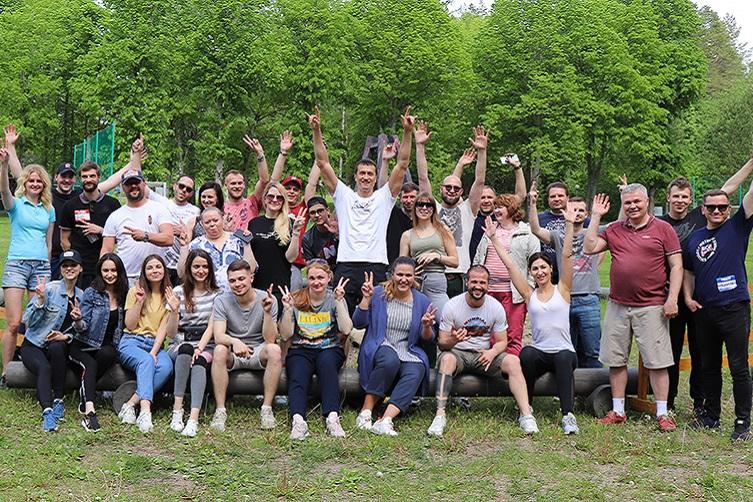 Летний корпоратив ОБК: как прошел день рождения Вячеслава Суханова